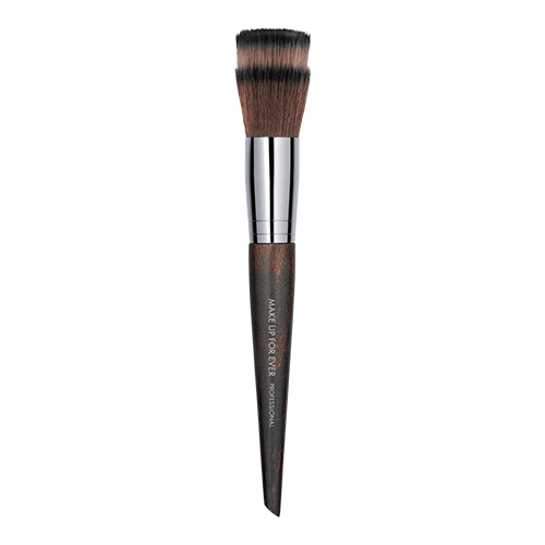 MAKE UP FOR EVER Blending Powder Brush 122 by MAKE UP FOR EVER