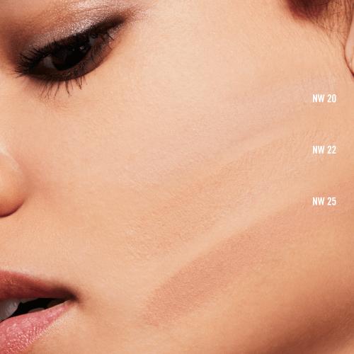 M A C Cosmetics Studio Fix Powder Plus Foundation Free Post