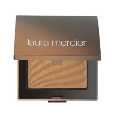 Laura Mercier Bronzing Pressed Powder - Sun Bronze - enhances any tan for a sunkissed look