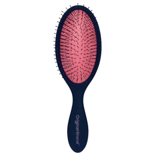 O&M Detangler Brush by O&M Original & Mineral
