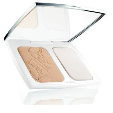 Lancome Teint Miracle Natural Light Creator: Powder Foundation