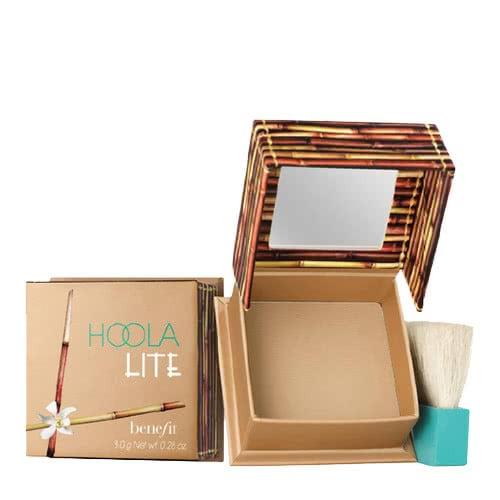 Benefit Cosmetics Hoola Lite Powder Bronzer by Benefit Cosmetics