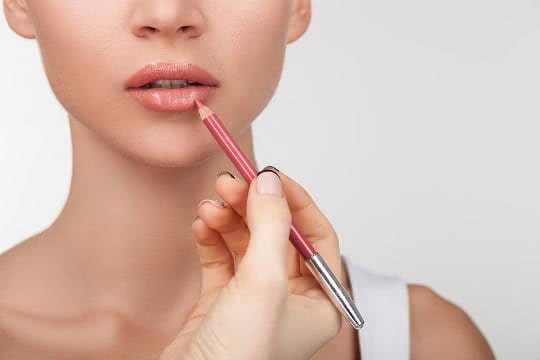 Do I really need to use a lip liner?