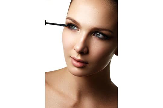 Choosing the Best Mascara: Volumising, Lengthening, and More!