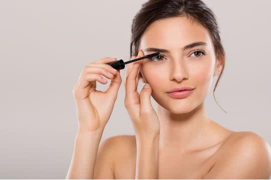 Is Waterproof or Washable Mascara Better for Everyday Wear?