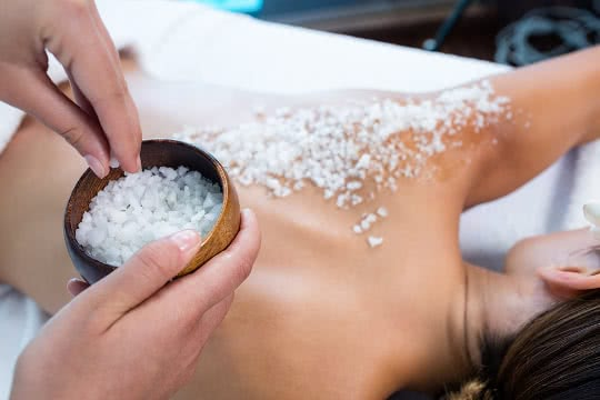 Which Body Scrubs and Exfoliators are All-Natural?
