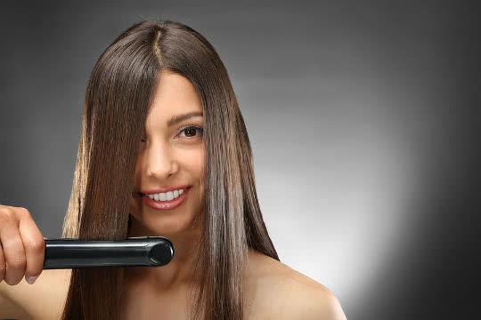 Can I Straighten Wet Hair?